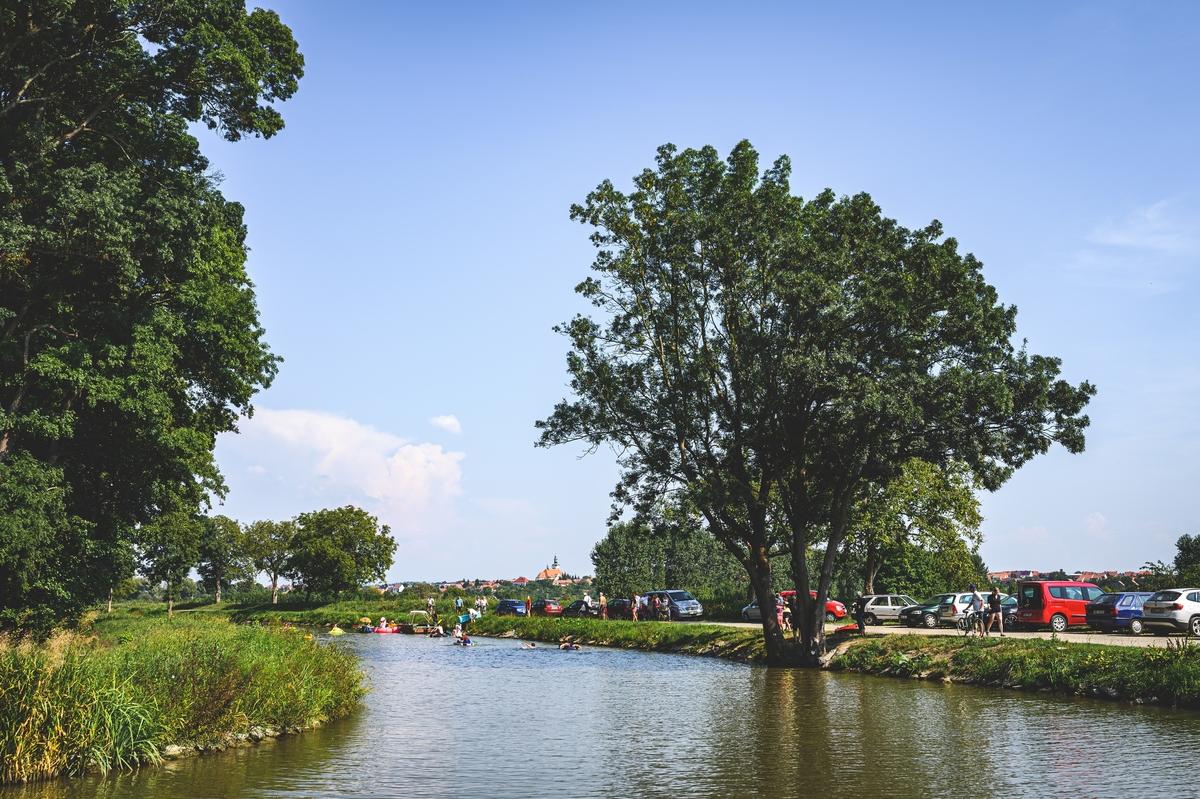 Neckyáda - Vnorovy, přístav plný pohody, Baťův kanál